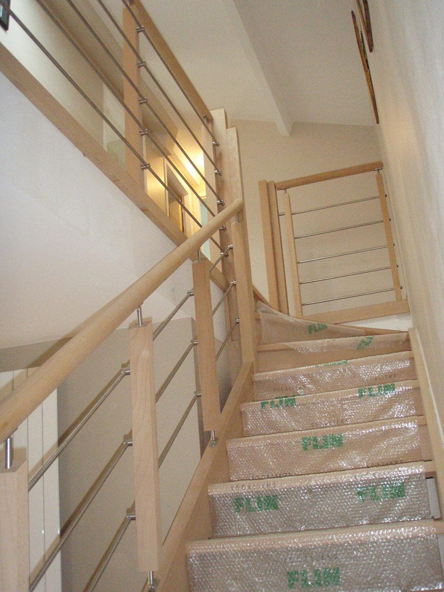 escaliers bois Bouaye menuiseries nantes TJS aluplast