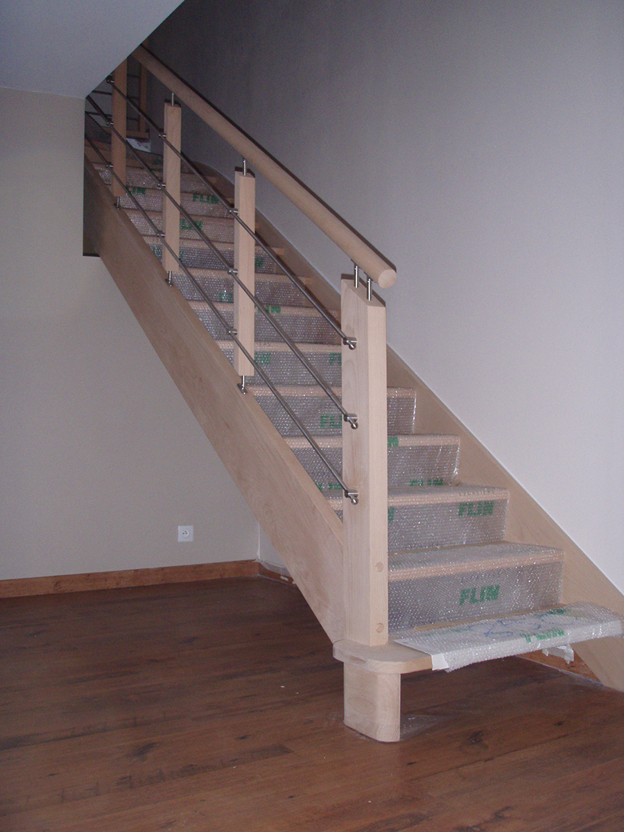 menuiseries bouguenais escaliers bois professionnel TJS aluplast