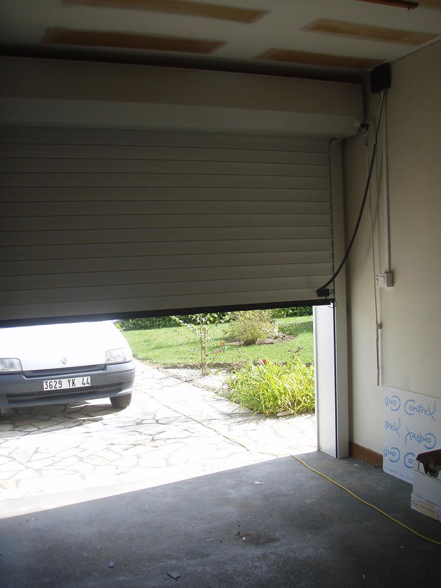 Porte de garage TJS Aluplast Coeur de Retz menuiseries 44