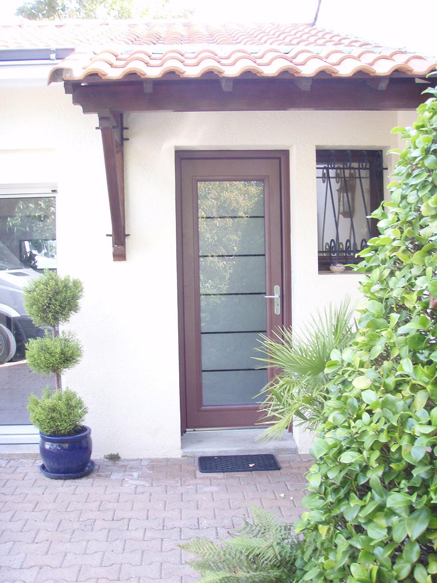 TJS Aluplast portes d'entrée St Léger les Vignes menuiseries 44830